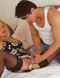 Viv Thomas, adult erotic photographer photo #2